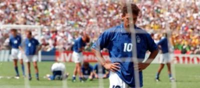 Roberto Baggio e il rigore deviato da Senna