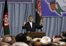 Karzai tende la mano ai talebani, e gliela mordono