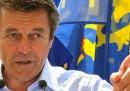 Due membri del governo francese si dimettono
