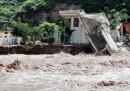18 bambini morti in India per il crollo del tetto di una scuola