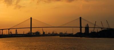 Il porto di mare lontano dal mare