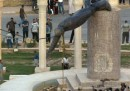 La volta che venne giù la statua di Saddam