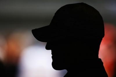 L'uomo nell'ombra