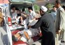 Almeno 80 morti per un attentato in Pakistan