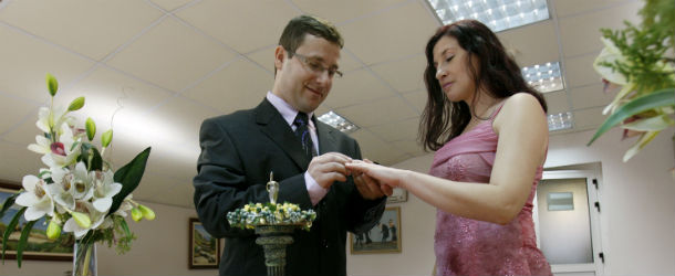 Matrimoni Civili Toscana : Haaretz chiede i matrimoni civili il post