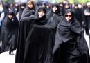 Lo scontro sul velo in Iran