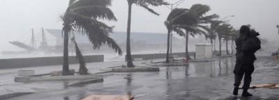 La East Coast si prepara all'uragano