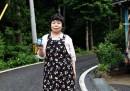 La signora Okoshi misura le radiazioni di Fukushima