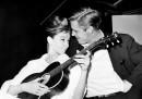 Audrey Hepburn e George Pappard durante una pausa dalle riprese(AP Photo)