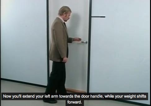 Come aprire una porta correttamente il post - Aprire una porta senza chiavi ...