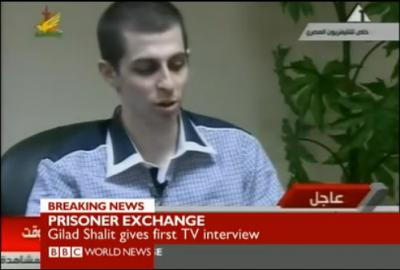 La discussa intervista a Shalit