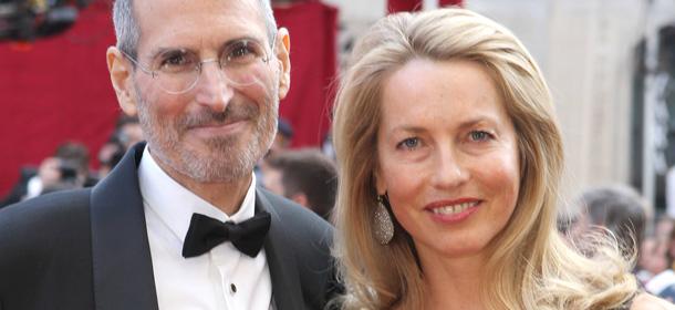 5f89aee8fa5 La nuova biografia autorizzata di Steve Jobs, scritta dal giornalista  premio Pulitzer Walter Isaacson, ha raggiunto giovedì il primo posto della  classifica ...