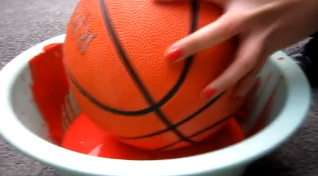 Un Ritratto Dipinto Con Un Pallone Da Basket Il Post