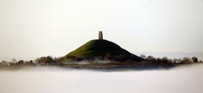 La nebbia a Glastonbury