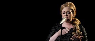 Come mai Adele fa piangere