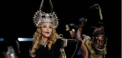 Lo show di Madonna al Super Bowl