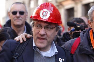 A Milano, Firenze e Napoli oggi ci sono manifestazioni dei sindacati dei metalmeccanici