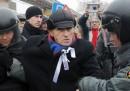 Le proteste davanti alla TV russa