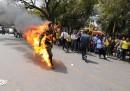 Una foto del giovane tibetano che si è dato fuoco oggi a Nuova Delhi