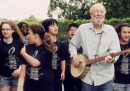 """Pete Seeger canta """"Forever Young"""" di Bob Dylan"""