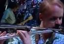 Greg Ham che suona il flauto su Down Under