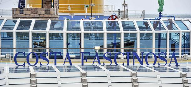 Le foto a venezia della costa fascinosa il post for Piano nave costa fascinosa