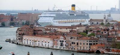 Napoli, Tivoli, Venezia: storie di artistici disastri