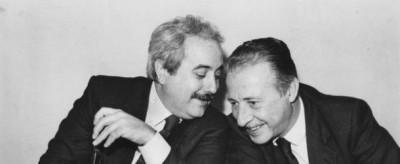 La storia della foto di Falcone e Borsellino