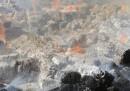 L'incendio nella cartiera Khanna Paper, in India