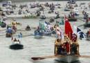 La regata sul Tamigi per Elisabetta II