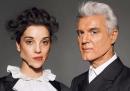 <em>Who</em>, la canzone di David Byrne e St. Vincent in streaming (e in download gratuito)