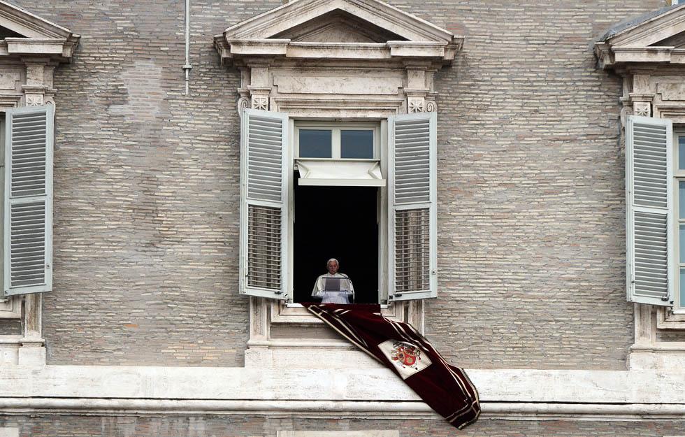 Dalla finestra il post - Finestra del papa ...