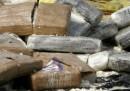 La polizia colombiana ha sequestrato 12 tonnellate di droga, la quantità più grande nella storia del paese