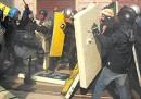 Scioperi e scontri in Italia e in Europa