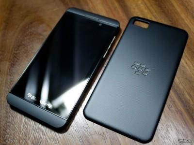 Le foto dei nuovi BlackBerry 10