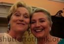 La foto che si sono fatte Meryl Streep e Hillary Clinton con lo smartphone