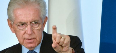 «Togliamo l'Italia agli incapaci»