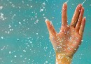 Perché in acqua vengono le pieghe sulle dita?