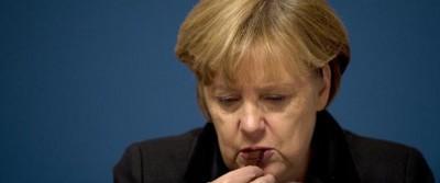 Angela Merkel mangia le cose