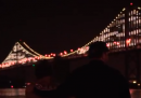 Il Bay Bridge, luminoso
