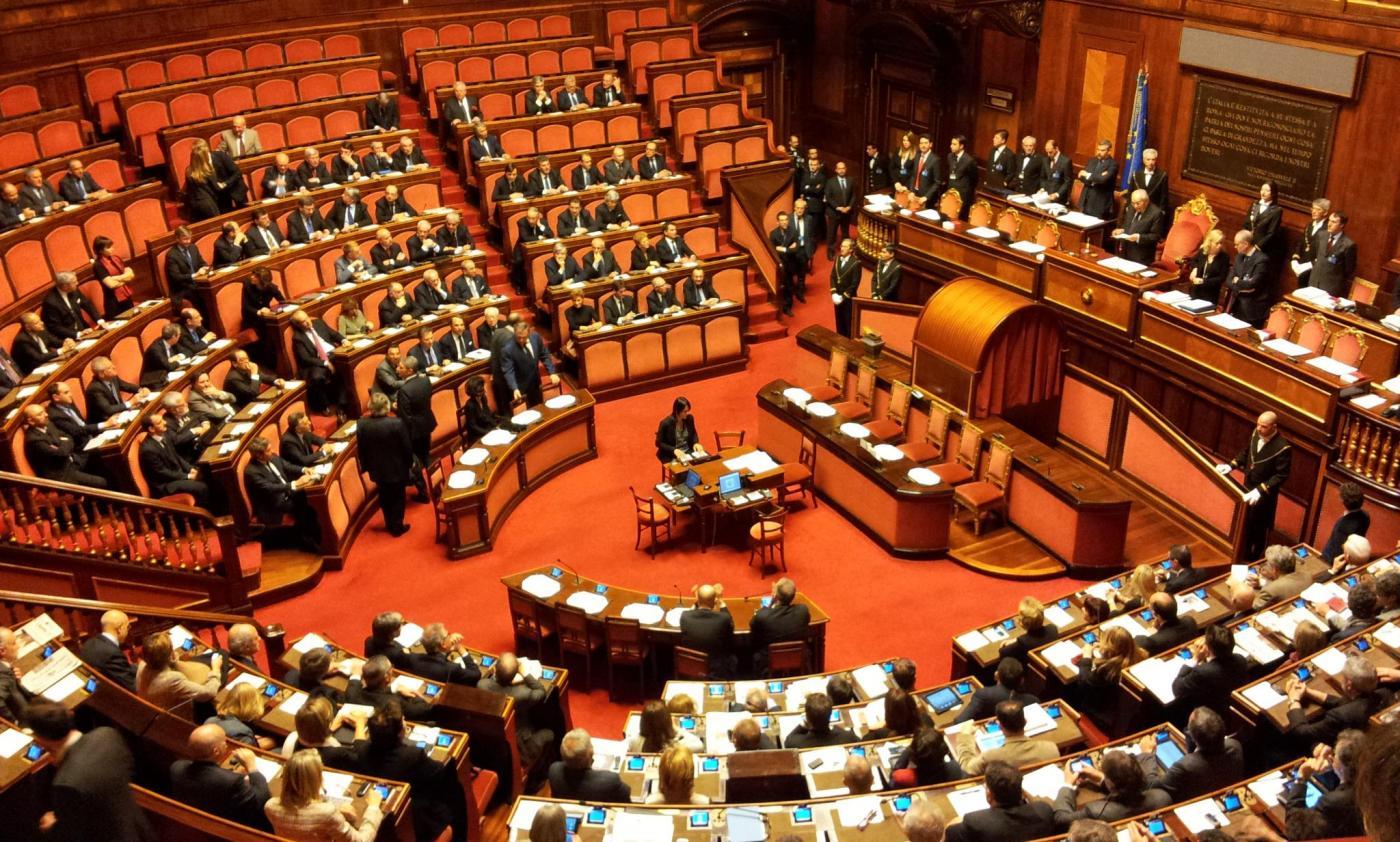 Le foto del nuovo parlamento il post for Votazioni in parlamento