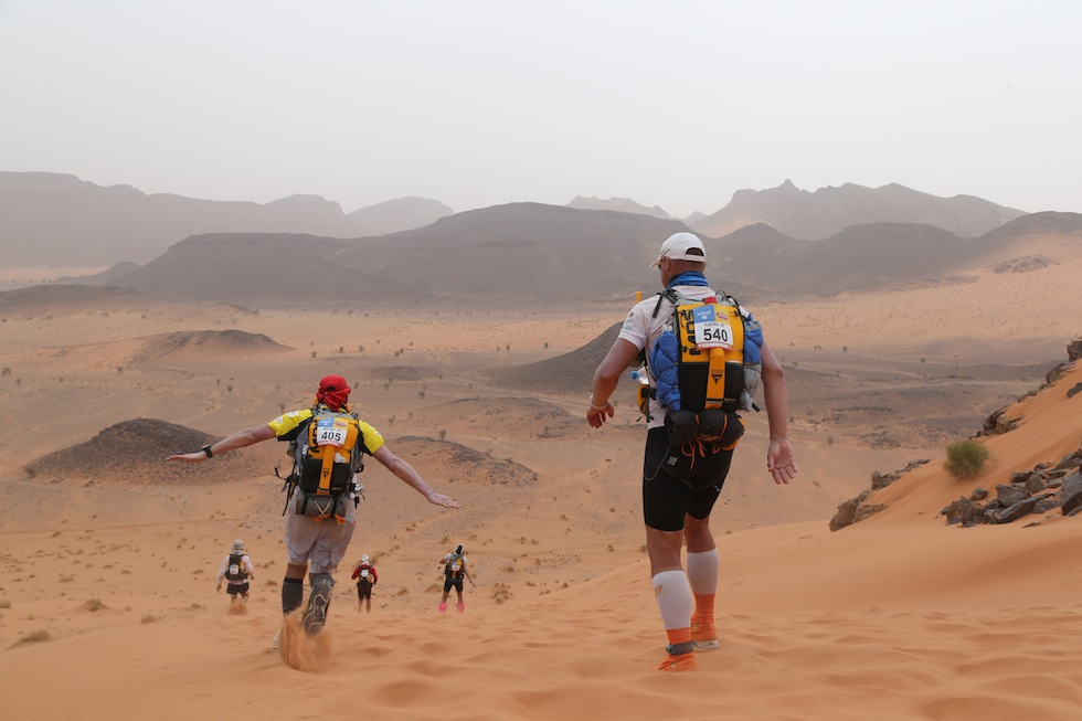 """Le foto della """"Maratona delle sabbie"""" in Marocco - Il Post"""
