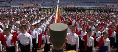 Il giuramento dei ragazzini in Corea del Nord