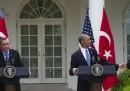 Obama, i marines e gli ombrelli