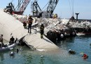 L'incidente al porto di Genova - Foto