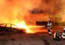 Svezia, quarta notte di guerriglia in strada: Feriti tre agenti
