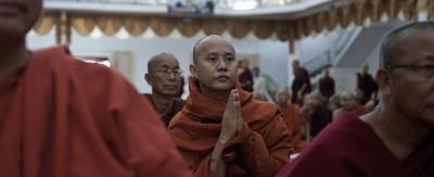 I fanatici buddhisti