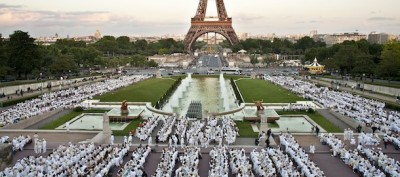 La cena in bianco a Parigi