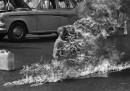 """Le foto del """"burning monk"""", 50 anni fa"""