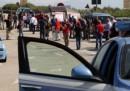 Fiat, proteste davanti stabilimento Pomigliano: tensione e scontri